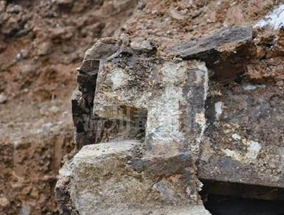宋墓(m7)榫卯结构墓砖